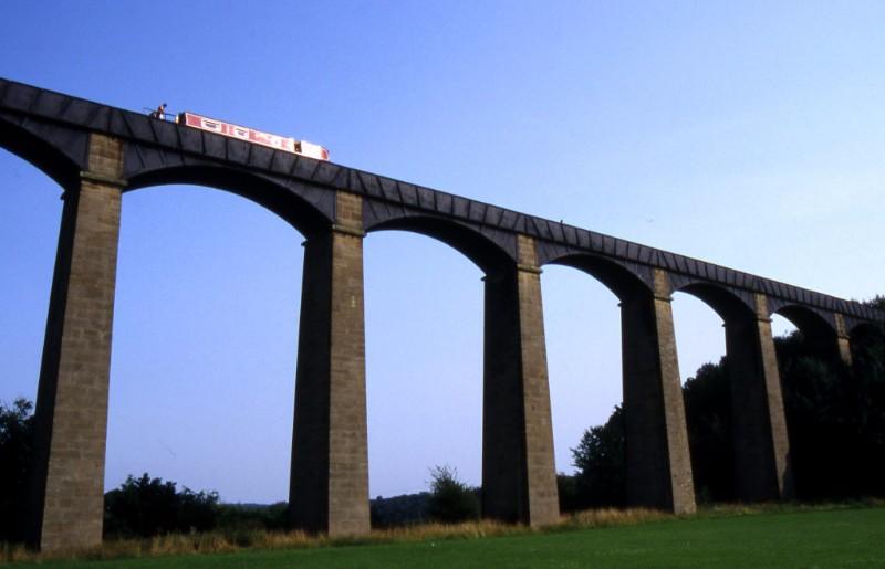 Pontcysyllte-Aqueduct1